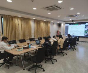 ผู้บริหารและเจ้าหน้าที่สำนักงานบริหารระบบกายภาพประชุมคณะกรรมการตรวจการจ้าง โครงการปรับปรุงผังแม่บทศูนย์ราชการุณย์สภากาชาดไทย เขาล้าน